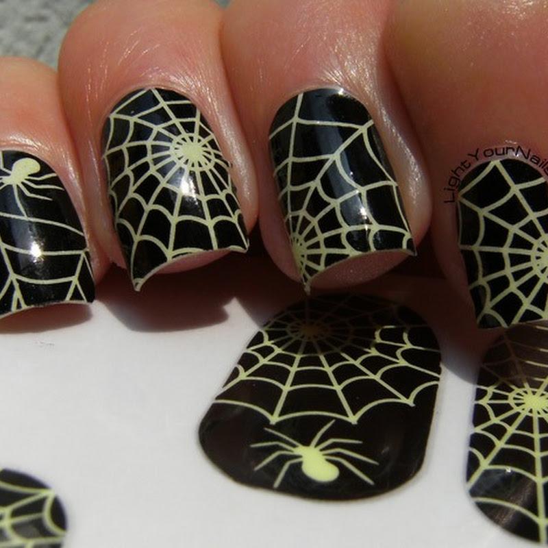 Glow in the dark spider webs