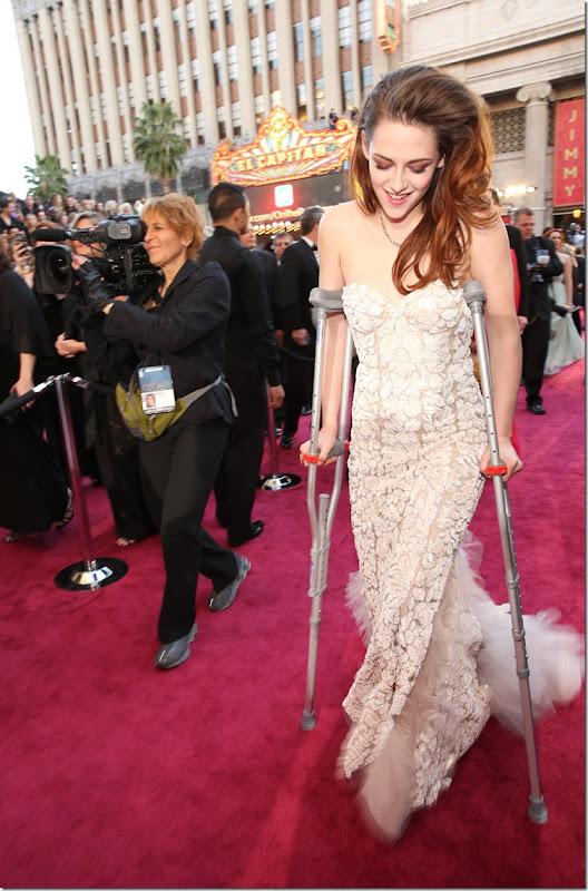 Kristen-Oscars-2013