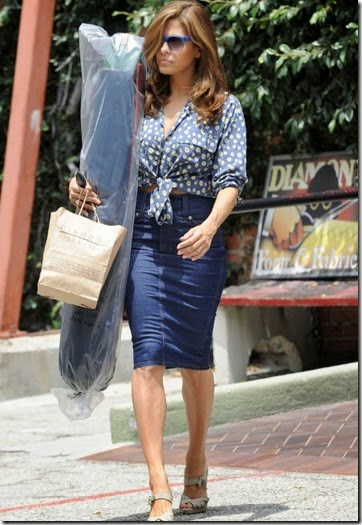 eva-mendes-diamond-foam-and-fabric-los-angeles