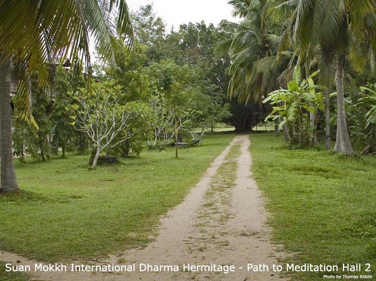 du-lich-thai-lan-tu-vien-Suan-Mokkh (3)
