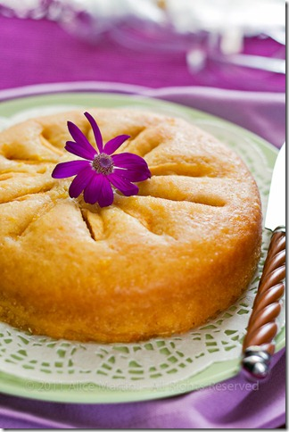 Eggless Apple & Almond Cake