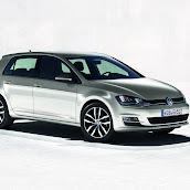 2013-VW-Golf-7-2.jpg