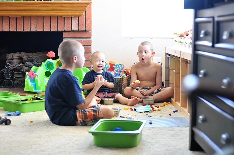 Apple-eating Goobers (8 of 11) resized TBF