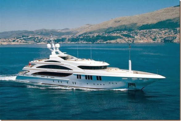 luxury-yachts-toys-18