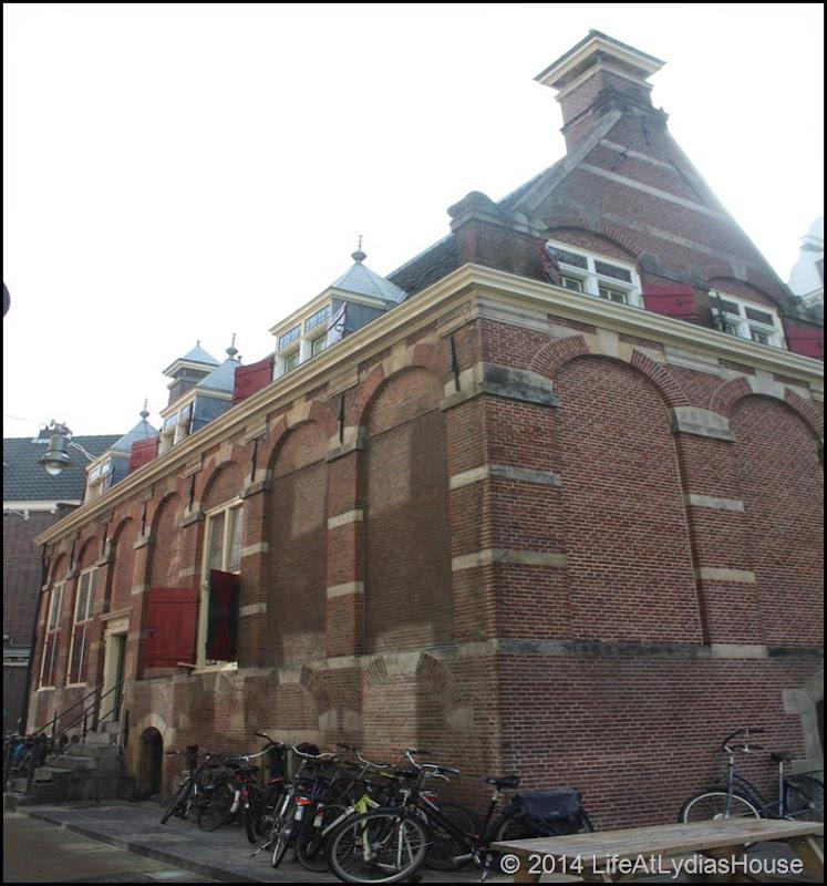 1620 building