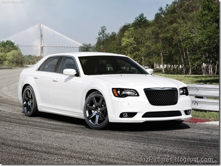 Chrysler 300 SRT85
