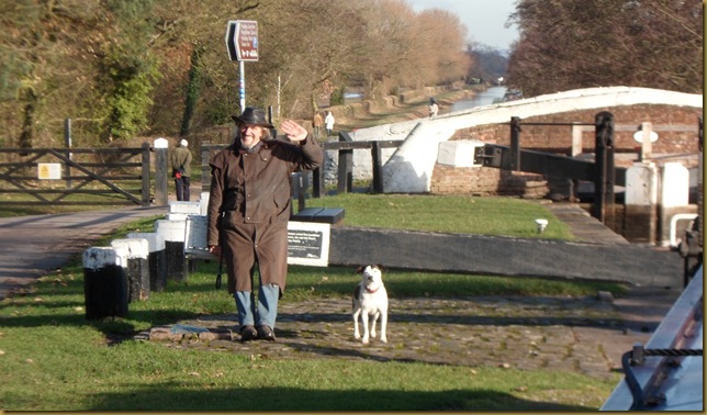 SAM_4392 Maffi and Molly at Keepers Lock