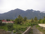 The eastern end of the Cyclops mountains, as seen from Sentani town (Daniel Quinn, January 2011)