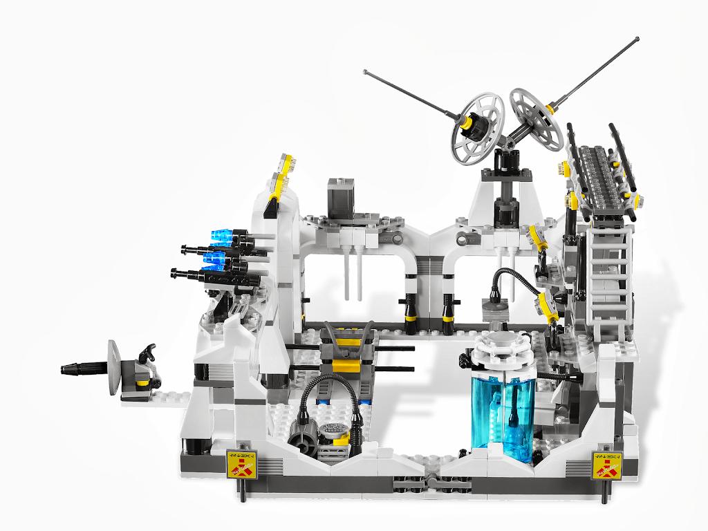 Bricker construction toy by lego 7879 hoth echo base - Lego star wars base droide ...