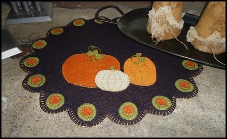 Triple Pumpkin Penny Rug