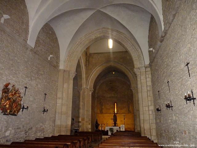 interior-basilica-de-armentia.JPG