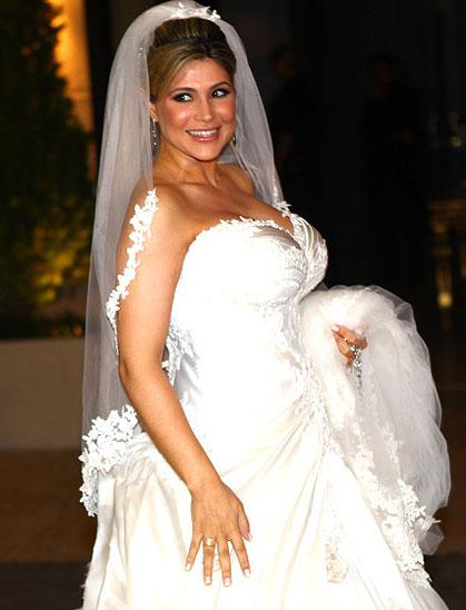 Casamento do jogador Dentinho e Dani Souza será no Brasil