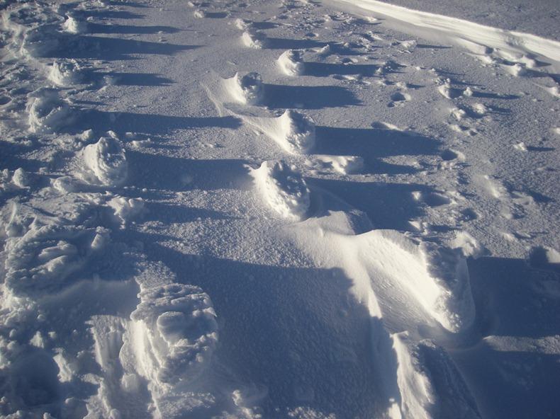 raised-footprints-snow-7