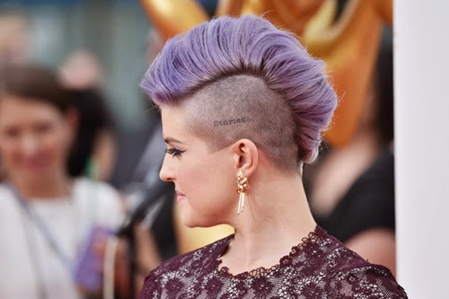 Kelly Osbourne Arrivals 66th Annual Primetime KA6crcgMbr3l