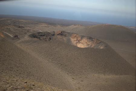 Con vulcanic în Parcul Timanfaya Lanzarote