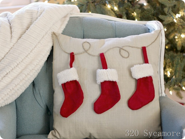 320 * Sycamore: easy $6 christmas stocking pillow