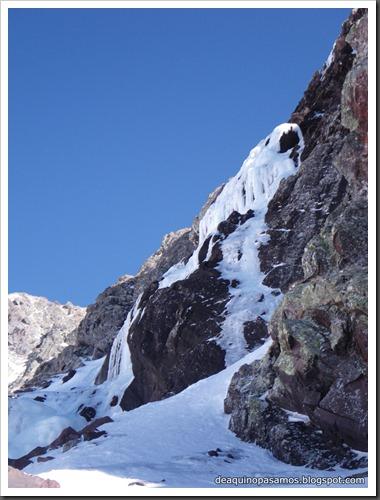 Cascada Os Diaples de Panti 180m 8511
