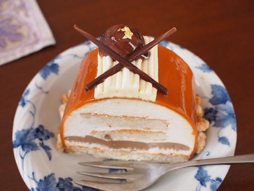 [写真]今年はマロンのロールケーキ