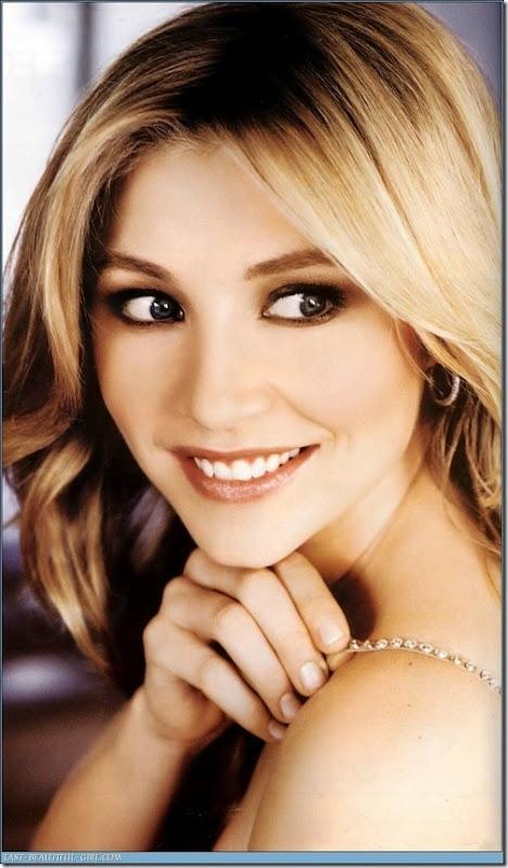 Sarah Chalke Hot