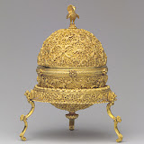 Goa stone container with stone and sand, late 17th–early 18th century India (Goa or western India) Container and stand; worked gold; Goa stone: organic and inorganic material, gilded