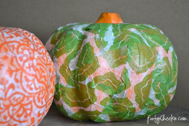 Dollar Store Pumpkin Transformation by www.poofycheeks.com