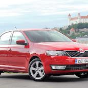 2013-Skoda-Rapid-Sedan-Red-Color-2.jpg