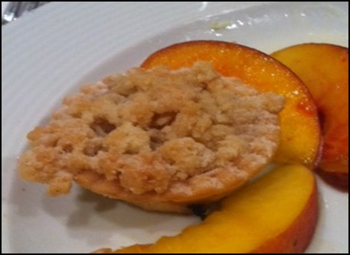 miniature peach cobler