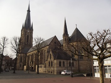Wikipedia Commons photo, Author: NordhornerII, The Catholic church in Emsdetten, 2 Apr 2014, source: own work.