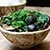 Grzyby shiitake smażone z liśćmi kolczocha