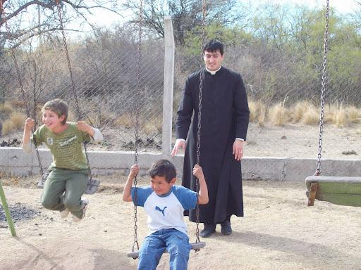 Jesus jugando con niños