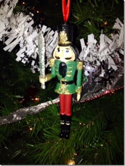 tree ornament 5