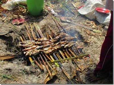 bakar ikan dengan bumbu khas karimunjawa