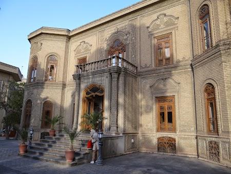 13. Muzeul Sticlei si Ceramicii - Teheran.JPG