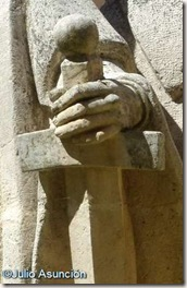 Estatua de Jiménez de Rada - Espada