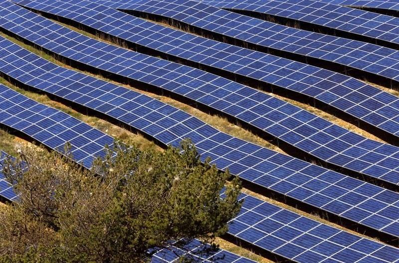 les-mees-solar-farm-10