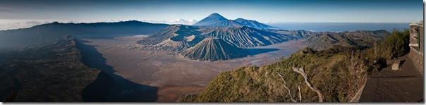 Mount_Bromo_panorama