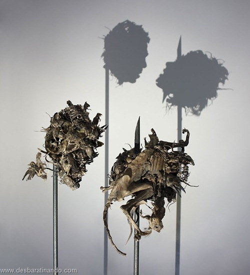 arte das sombras desbaratinando rubbish shadow sculptures tim noble sue webster (13)