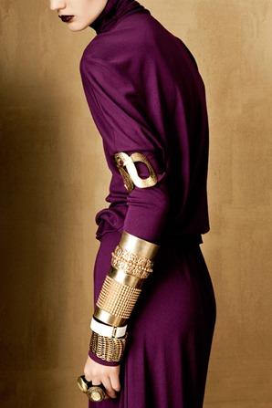 BOLD-GOLD-by-Oskar-Cecere-for-Vogue-Italia-DESIGNSCENE-net-05
