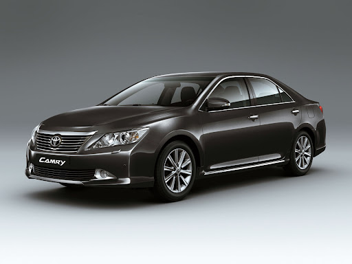 2012-Toyota-Camry-06.jpg