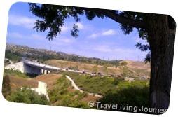 Crown Vally bridge over Cordova Valley