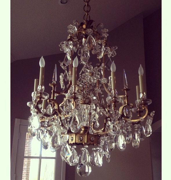 Paloma Contreras Design | AERIN Vestry Chandelier | Crystal, Brass