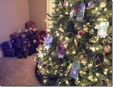 Tag Tree w teddy bears