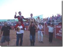 salida a hombros en Porzuna, Anibal, Vara y Gutiérrez 28-7-2013