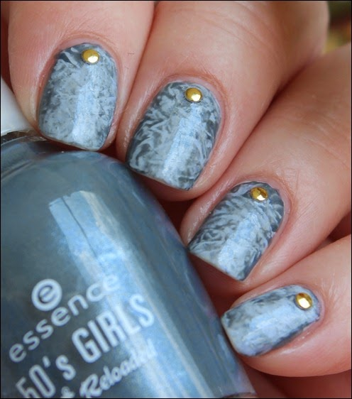 Elegant Saran Wraps Nail Art Nageldesign 6
