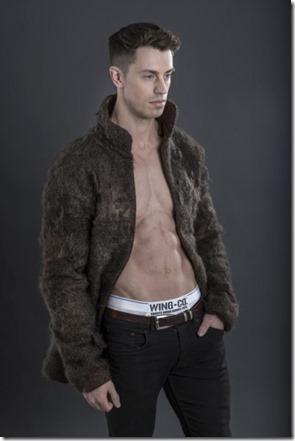 chest-hair-coat2-550x824