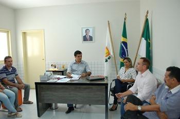 Fabrício em reunião com secretários (1)