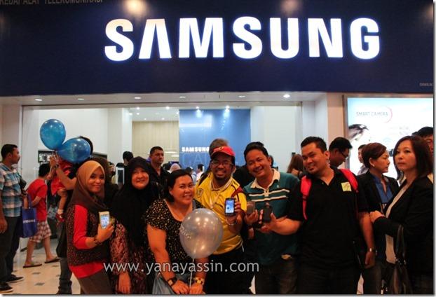 Samsung S4300