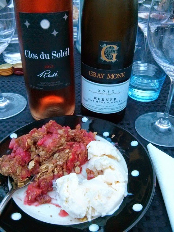 Strawberry-Rhubard Crumble with Clos du Soleil 2013 Rose and Gray Monk 2013 Kerner