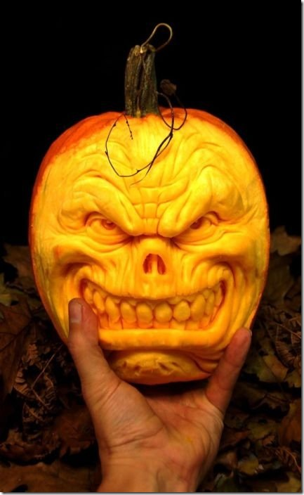 awesome pumpkin carving 18