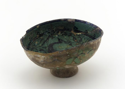 Bowl | Origin:  Syria | Period: 12th-13th century | Details:  Not Available | Type: Stone-paste; painted under glaze | Size: H: 9.8  W: 18.0  cm | Museum Code: F1910.30 | Photograph and description taken from Freer and the Sackler (Smithsonian) Museums.